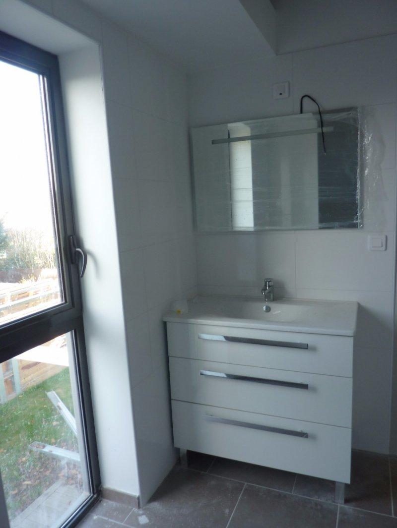 location appartement 5 pieces de 198 m2 31700 blagnac 995115. Black Bedroom Furniture Sets. Home Design Ideas